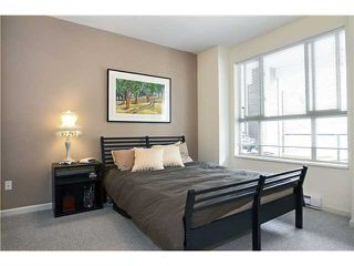 Photo 8: 210 2484 WILSON Avenue in Port Coquitlam: Central Pt Coquitlam Condo for sale : MLS®# V842169
