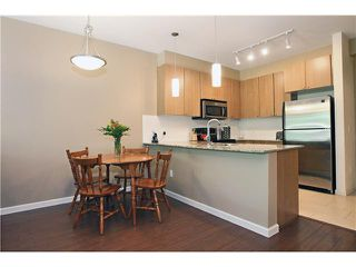 Photo 4: 210 2484 WILSON Avenue in Port Coquitlam: Central Pt Coquitlam Condo for sale : MLS®# V842169
