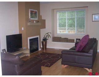 "Photo 3: 18 6635 192ND Street in Surrey: Clayton Townhouse for sale in ""Leafside Lane"" (Cloverdale)  : MLS®# F2820322"