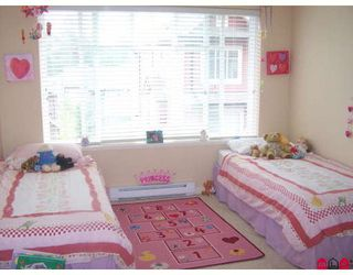 "Photo 7: 18 6635 192ND Street in Surrey: Clayton Townhouse for sale in ""Leafside Lane"" (Cloverdale)  : MLS®# F2820322"