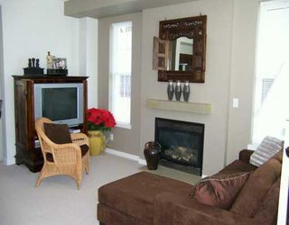 Photo 3: 99 2200 PANORAMA Drive in Port_Moody: Heritage Woods PM Townhouse for sale (Port Moody)  : MLS®# V725462