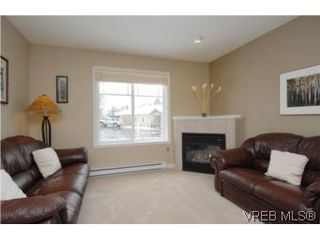 Photo 3: 609 McCallum Rd in VICTORIA: La Thetis Heights Single Family Detached for sale (Langford)  : MLS®# 496415