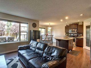 Photo 3: 1446 37A Avenue in Edmonton: Zone 30 House for sale : MLS®# E4169882