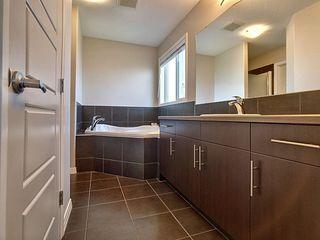 Photo 12: 1446 37A Avenue in Edmonton: Zone 30 House for sale : MLS®# E4169882