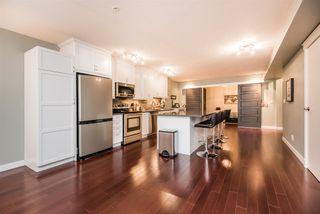 Photo 3: 302 10154 103 Street NW in Edmonton: Zone 12 Condo for sale : MLS®# E4177271