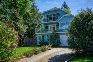 "Photo 3: 6930 MOUNT RICHARDSON Road in Sechelt: Sechelt District House for sale in ""Sandy Hook"" (Sunshine Coast)  : MLS®# R2454787"