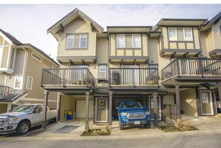 Photo 1: 28 20176 68 AVENUE in Langley: Willoughby Heights Townhouse for sale : MLS®# R2432776