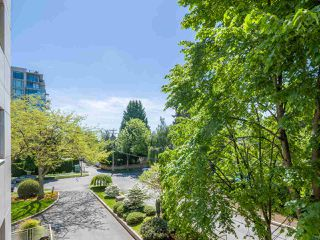 "Photo 14: 303 2409 W 43RD Avenue in Vancouver: Kerrisdale Condo for sale in ""Balsam Court"" (Vancouver West)  : MLS®# R2480471"