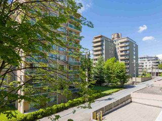 "Photo 15: 303 2409 W 43RD Avenue in Vancouver: Kerrisdale Condo for sale in ""Balsam Court"" (Vancouver West)  : MLS®# R2480471"