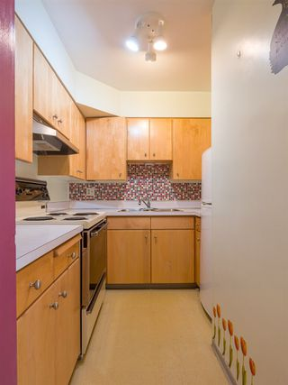 "Photo 10: 303 2409 W 43RD Avenue in Vancouver: Kerrisdale Condo for sale in ""Balsam Court"" (Vancouver West)  : MLS®# R2480471"