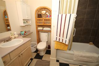 Photo 8: 5701 WHARF Avenue in Sechelt: Sechelt District House for sale (Sunshine Coast)  : MLS®# R2480866