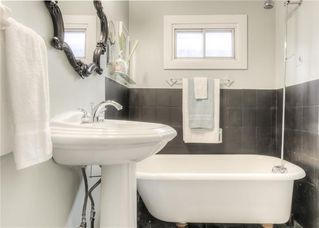 Photo 17: 2103 WESTMOUNT Road NW in Calgary: West Hillhurst Detached for sale : MLS®# A1031544