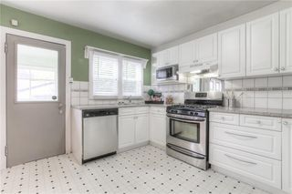 Photo 22: 2103 WESTMOUNT Road NW in Calgary: West Hillhurst Detached for sale : MLS®# A1031544