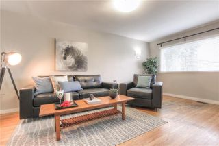 Photo 3: 2103 WESTMOUNT Road NW in Calgary: West Hillhurst Detached for sale : MLS®# A1031544