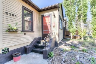 Photo 2: 2103 WESTMOUNT Road NW in Calgary: West Hillhurst Detached for sale : MLS®# A1031544