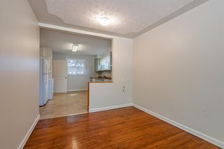 Photo 8: 2216 47 Street SE in Calgary: Forest Lawn Detached for sale : MLS®# A1032674