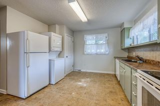 Photo 10: 2216 47 Street SE in Calgary: Forest Lawn Detached for sale : MLS®# A1032674