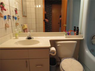 Photo 14: 111 Oakhurst Crescent in Winnipeg: Seven Oaks Crossings Residential for sale (4H)  : MLS®# 202027981
