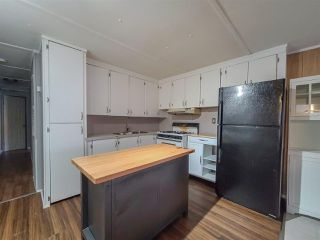 """Photo 11: 81 3730 LANSDOWNE Road in Prince George: Fraserview Manufactured Home for sale in """"SUNRISE VALLEY MHP"""" (PG City West (Zone 71))  : MLS®# R2523984"""