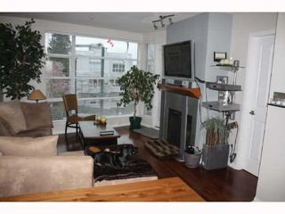 "Photo 4: 301 2525 W 4TH Avenue in Vancouver: Kitsilano Condo for sale in ""SEAGATE"" (Vancouver West)  : MLS®# V814564"