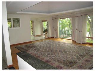 Photo 2: 60 RIVER Road in WINNIPEG: St Vital Residential for sale (South East Winnipeg)  : MLS®# 2920102