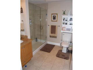 """Photo 9: 5 227 E 11TH Street in North Vancouver: Central Lonsdale Townhouse for sale in """"ST ANDREWS COURT"""" : MLS®# V858669"""