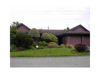 "Main Photo: 494 SHANNON Way in Tsawwassen: Pebble Hill House for sale in ""TSAWWASSEN HEIGHTS"" : MLS®# V865230"