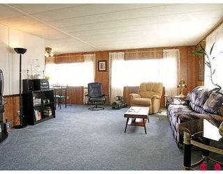 "Photo 2: 51 8254 134 ST in Surrey: Fleetwood Tynehead Manufactured Home for sale in ""Westwood Estates"" : MLS®# F2617333"