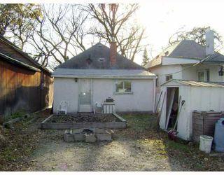 Photo 2: 103 HARBISON Avenue West in WINNIPEG: East Kildonan Residential for sale (North East Winnipeg)  : MLS®# 2820537