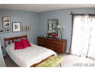 Photo 14: 2 1134 Esquimalt Rd in VICTORIA: Es Rockheights Row/Townhouse for sale (Esquimalt)  : MLS®# 505918