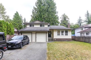 Photo 1: 9124 146 Street in Surrey: Bear Creek Green Timbers House for sale : MLS®# R2401298