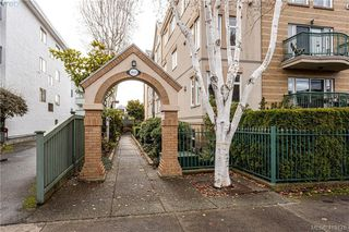 Photo 2: 304 1037 Richardson St in VICTORIA: Vi Fairfield West Condo for sale (Victoria)  : MLS®# 829638