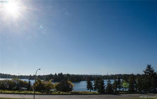 Photo 1: 13 Avanti Pl in VICTORIA: VR Hospital Row/Townhouse for sale (View Royal)  : MLS®# 829808
