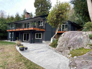 Photo 16: 3902 WESTRIDGE Avenue in West Vancouver: Bayridge House for sale : MLS®# R2423159