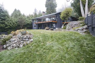 Photo 14: 3902 WESTRIDGE Avenue in West Vancouver: Bayridge House for sale : MLS®# R2423159
