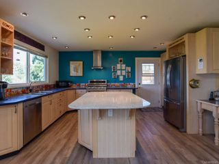 Photo 11: 1550 McDonald Rd in COMOX: CV Comox (Town of) House for sale (Comox Valley)  : MLS®# 832563