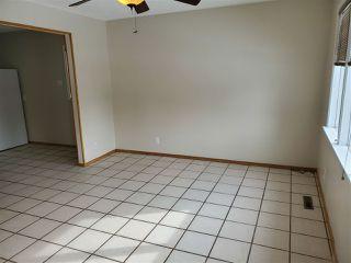 Photo 8: 15212 92 Avenue in Edmonton: Zone 22 House for sale : MLS®# E4190700