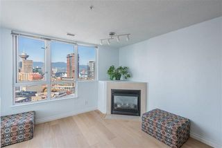 Photo 5: 2702 63 Keefer Place in Vancouver: Downtown VW Condo for sale (Vancouver West)  : MLS®# r2441548