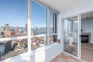 Photo 14: 2702 63 Keefer Place in Vancouver: Downtown VW Condo for sale (Vancouver West)  : MLS®# r2441548