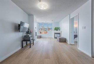 Photo 4: 2702 63 Keefer Place in Vancouver: Downtown VW Condo for sale (Vancouver West)  : MLS®# r2441548