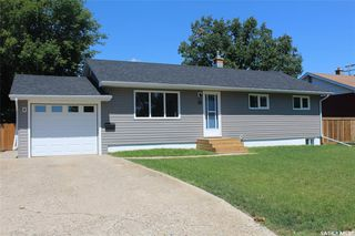 Photo 2: 119 McDonald Road in Estevan: Hillcrest RB Residential for sale : MLS®# SK818027