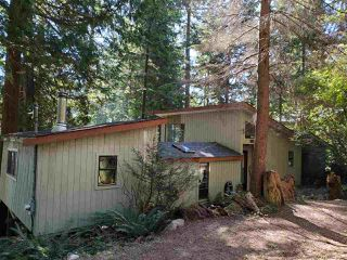 "Photo 3: 468 GAVIN Road: Keats Island House for sale in ""Eastbourne Estates"" (Sunshine Coast)  : MLS®# R2494096"