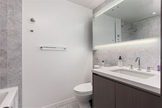 Photo 9: 1916 68 SMITHE Street in Vancouver: Downtown VW Condo for sale (Vancouver West)  : MLS®# R2503705