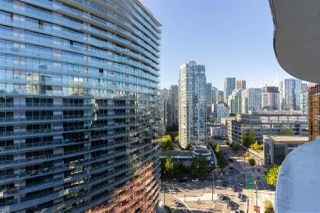 Photo 12: 1916 68 SMITHE Street in Vancouver: Downtown VW Condo for sale (Vancouver West)  : MLS®# R2503705