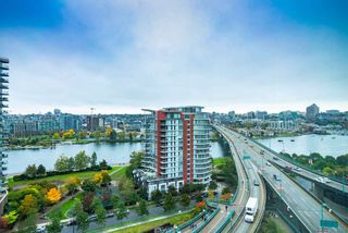 Photo 15: 1916 68 SMITHE Street in Vancouver: Downtown VW Condo for sale (Vancouver West)  : MLS®# R2503705