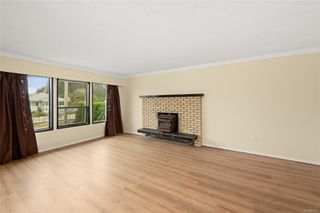 Photo 3: 5832 Howard Ave in : Du East Duncan House for sale (Duncan)  : MLS®# 857025