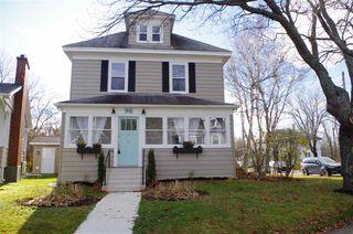 Photo 1: 96 Cottage Road in Sydney: 201-Sydney Residential for sale (Cape Breton)  : MLS®# 202023910