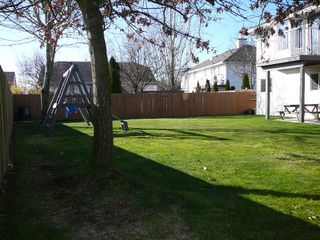 "Photo 13: 33712 APPS Court in Mission: Mission BC House for sale in ""HILLSIDE/CHERRY RIDGE"" : MLS®# F1005003"