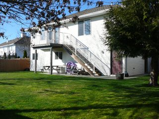 "Photo 14: 33712 APPS Court in Mission: Mission BC House for sale in ""HILLSIDE/CHERRY RIDGE"" : MLS®# F1005003"