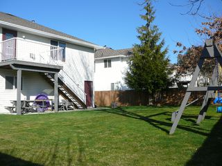 "Photo 12: 33712 APPS Court in Mission: Mission BC House for sale in ""HILLSIDE/CHERRY RIDGE"" : MLS®# F1005003"